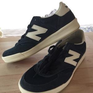 ニューバランスのスニーカー履きやすく人気ありのもの