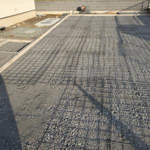 土間コンクリート、玄関アプローチ