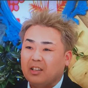 最近芸人が金髪にしとんのなんなん?岩尾とかスピードワゴン小沢とか