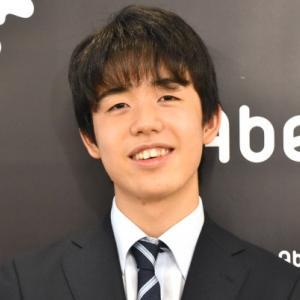 藤井聡太七段、最年少でタイトル挑戦記録を更新!すごい17才