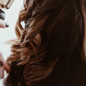 14か月ぶりに美容院に行きました    I  went to the hair salon for the first time in 14months
