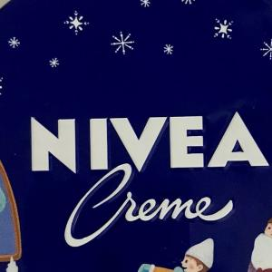 NIVEA デザイン缶 限定缶!2021年! 買いました! Pretty pictures printed on NIVEA cans