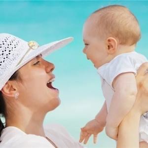 子育ての悩みはママ友よりもカウンセラーに相談?