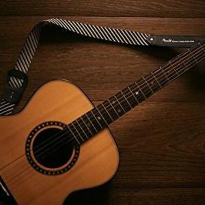 ギター変則チューニングで有名なマイケルヘッジスのアルバム「オラクル」