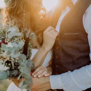 【結婚】結婚のメリット、年齢、流れ・手続き、費用まとめ