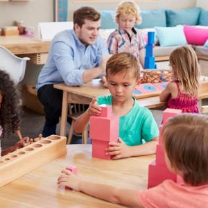 【子育て】モンテッソーリ教育とはー強み・メリット、留意点、子どもたちのその後など(費用・親の声追記版)