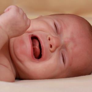 【子育て】子供の夜泣きに関する100人アンケート結果