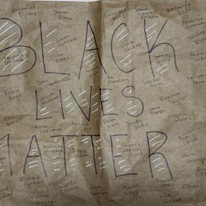 人種差別主義者が蔓延る警察署