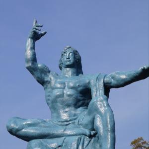 長崎を走るⅫ 平和祈念像