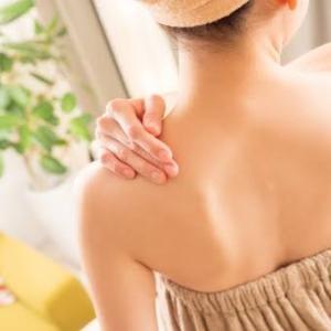 背中にきびで悩んでいる人必見!治すための方法6選