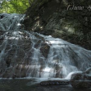 滝へふたたび