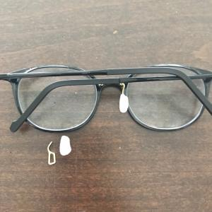 うわっ!メガネが壊れた(°▽°)