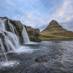 アイスランドが国境の制限を緩和!空港でのPCR検査で学生と専門家は入国可