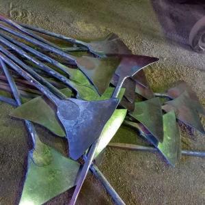 イチョウ鎌製作