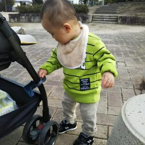 赤ちゃんは靴下を履かないの?