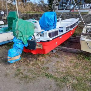 和船艤装&船体塗装でまるで新艇!