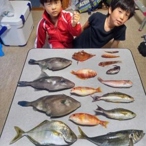 館山沖でボート釣り・五目釣り!!、(5月4日)