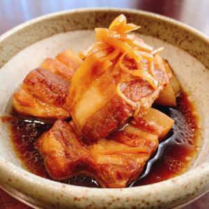 『豚バラ肉の角煮』レシピ付き