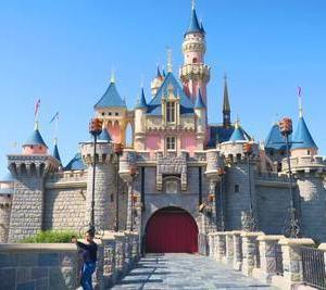 世界一小さくて、世界一空いている『香港ディズニーランド』の魅力