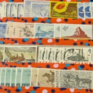 切手アルバムに手作り収納ページを追加