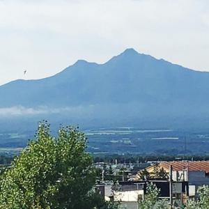 今日の斜里岳 2020年7月27日 真夏とは思えない7月の末