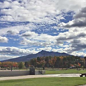 今日の斜里岳 2020年10月25日 斜里岳を4ヶ所で見比べる(斜里町、清里町)