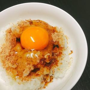 卵かけご飯を食べながら、人生を語る親子