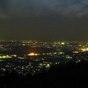 【京都の穴場夜景】万灯呂山展望台の夕景と夜景を楽しむ