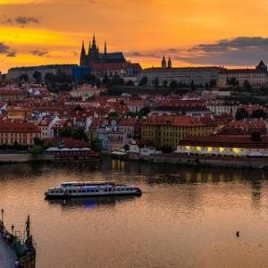 百塔の街「プラハ」の滞在記 -お役立ち情報と観光スポット-