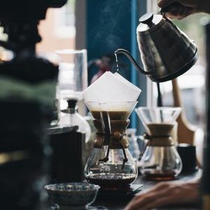 【オススメ】キャンプやアウトドアで使える電動コーヒーミル