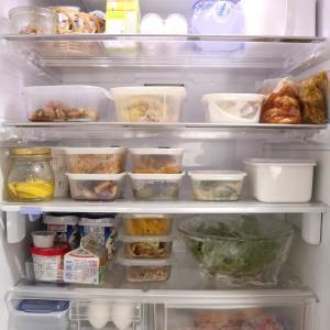 <冷蔵庫収納>今朝の冷蔵庫の中☆夕食・朝食・お弁当作りで結構食べちゃいました(笑)