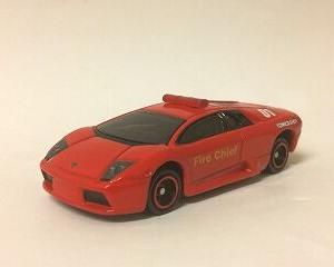 スーパーカーは、パトカーよりも消防車