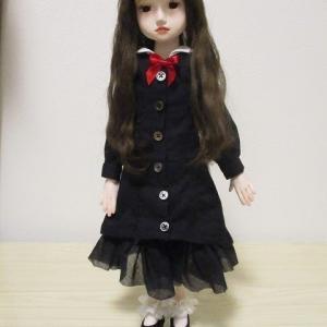 黒い服の少女