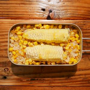 """【メスティン炊飯】""""焼きとうもろし""""ご飯を作ってみたら、箸が止まらなくなった。"""