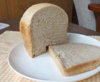 ライ麦のドイツパン、サワー種使用ホームベーカリーの早焼きコースで