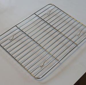 オーブントースターの網が焦げたが交換できずバット網で代替