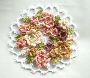 花のフレームドイリー 無料編み図のサイトを紹介【ギャラリー】