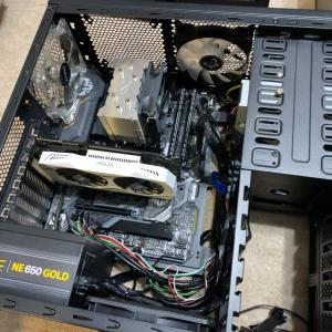 パソコンを組み立てました。