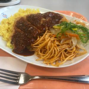 長崎市役所の食堂で絶品トルコライスを食す