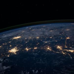 現実世界が闇から光へ移行中~その理由と私たちの在り方のポイント