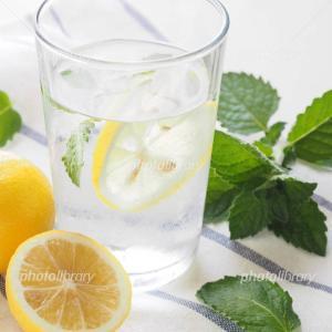 最近のお供はレモン水