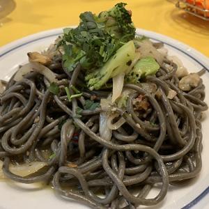 【今月の関谷スパゲティ】イカスミ生麺 ヤリイカとアサリペペロンチーノ【中目黒 パスタ】