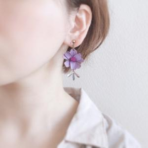 ロマンティックなアンティークカラーの紫コスモス♪革花アクセサリー