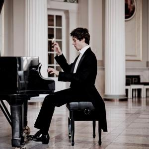 R・Schumann :Piano sonata No. 2 in g minor, Op. 22(1833-1838)|Pf:Rafał Blechacz<2019/10/08LIVE Teatro La Fenice>