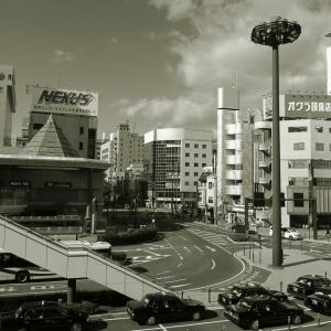駅前モノクローム