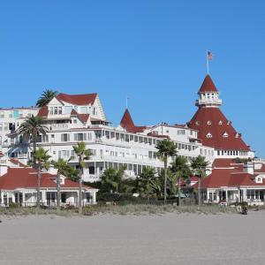 【英語/映画/旅行が好きな方向け】ロサンゼルス駐在生活体験記 075 サンディエゴ③「ホテル・デル・コロナド」「ラホヤの美しい海岸とバレンシアホテル」&「アイスコーヒー」