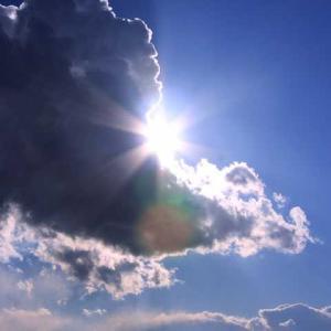 裏窓【LIVEコラム】めざす介護に背を向ける現世