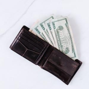 【社会人におすすめ】読モが厳選!男を上げる財布3選