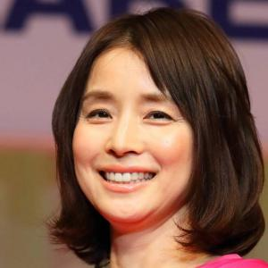 【女優】『石田ゆり子』インスタに認証バッジ 希望!なりすまし防止のためにも★