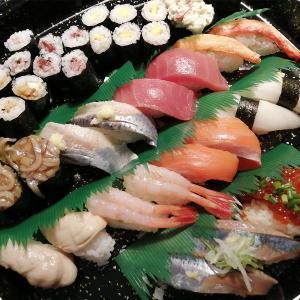 回転寿司 根室花まるのお寿司をテイクアウト